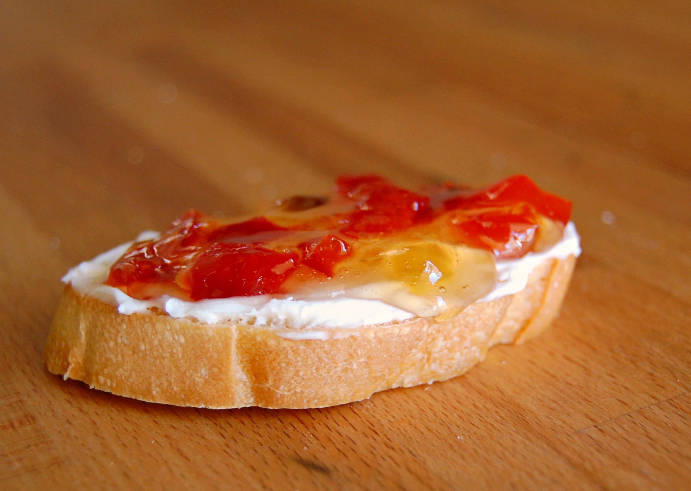 bruschetta red pepper jelly 9829