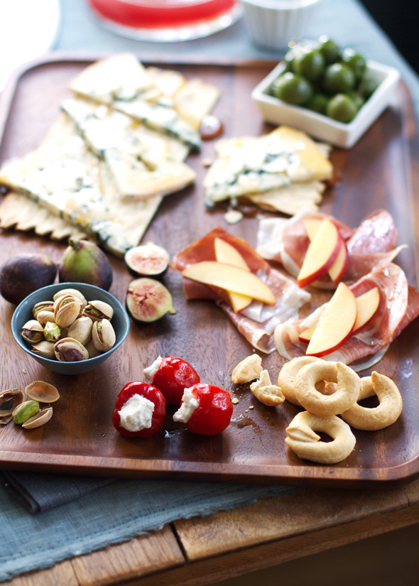 Aida-Mollenkamp-Last-Friday-Antipasti-