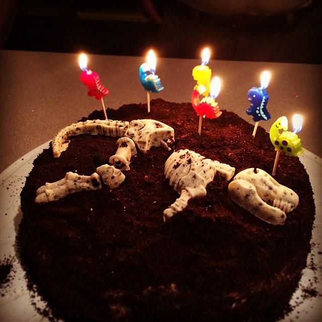 dino cake 2013