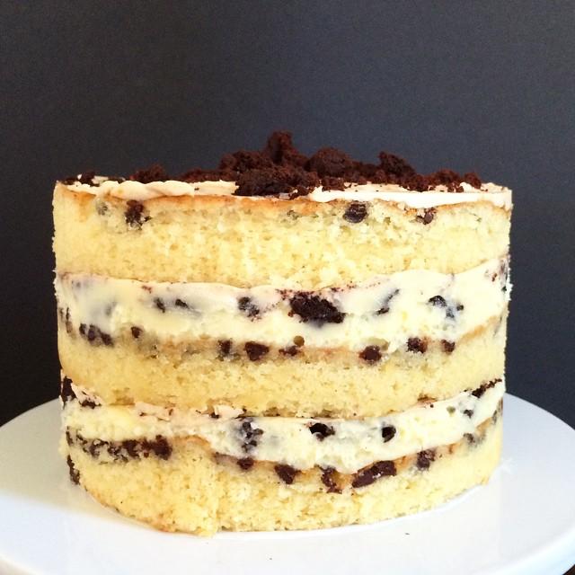 momo cake
