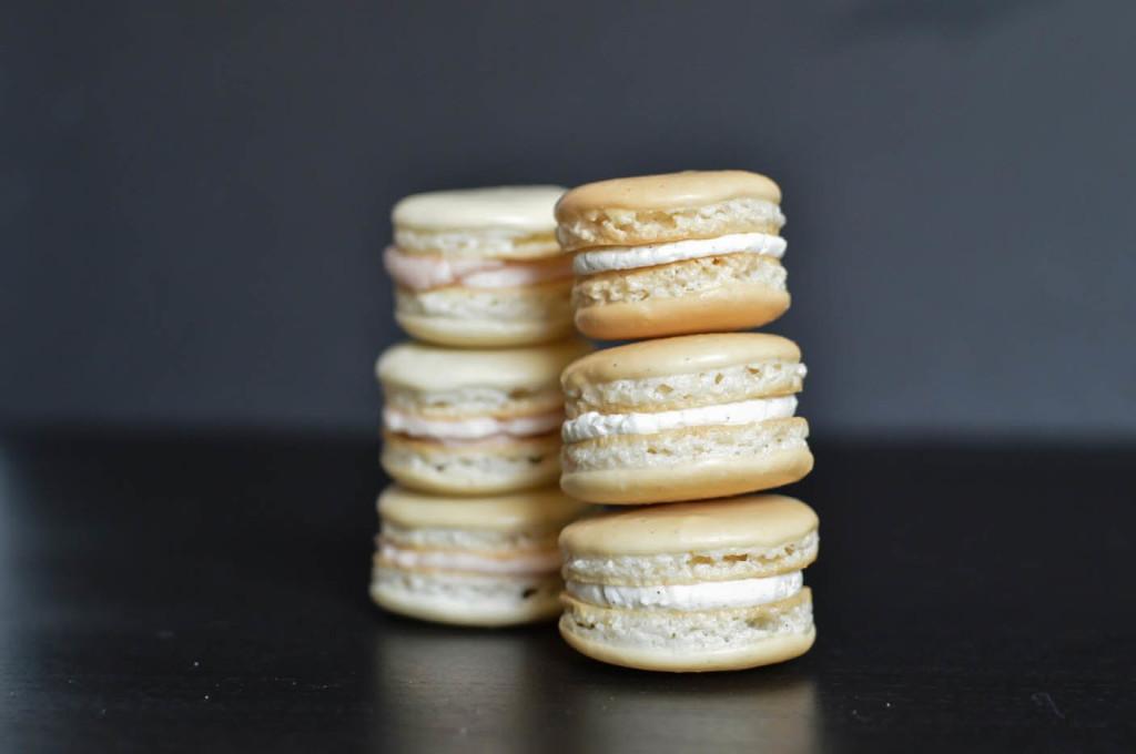 vanilla macaron | wee eats